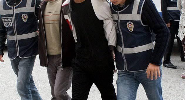 İzmir'de masaj salonuna fuhuş baskını: 10 tutuklama!
