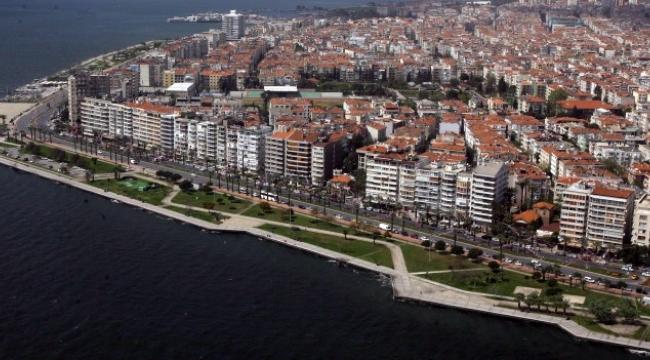 Üniversite öğrencileri evlerini kapattı.. İzmir'de kiralar düşecek mi?