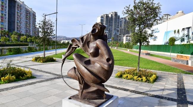 Heykel Çalıştayı'nda üretilen eserler artık Halk Park'ı süslüyor