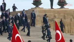 Atatürk'e saygısızlık! Anıtkabir'de 'Erdoğan' sloganı