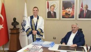 Dokuz Eylül Rektörü İzmirli Milletvekillerini ne ile suçluyor?
