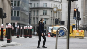 İngiltere'de 4 haftalık sokağa çıkma yasağı