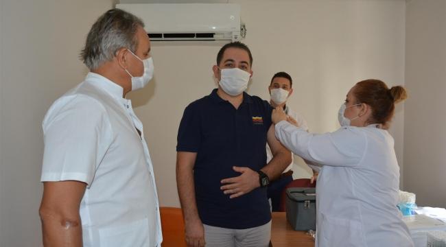 Tepecik Hastanesi'nde Covid-19 Aşısı Faz-3 Çalışması Başladı