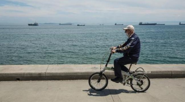 65 yaş ve üzerine sokağa çıkma yasağı genişliyor