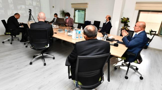 Başkan Soyer,  ESİAD, İZSİAD ve EGİAD üyeleriyle buluştu