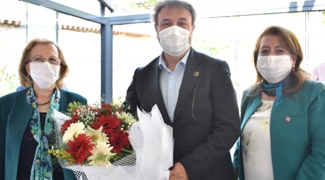 """CHP'li kadınlardan Başkan İduğ'a övgü: """"Yapılan bu güzel işleri vatandaşımıza anlatmalıyız"""""""