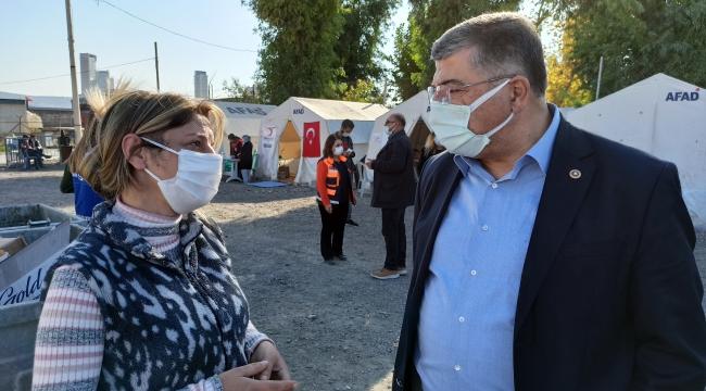 """CHP'li Sındır; """"Tarihi geçmiş gıdaların depremzedelere dağıtılması kabul edilemez!"""""""