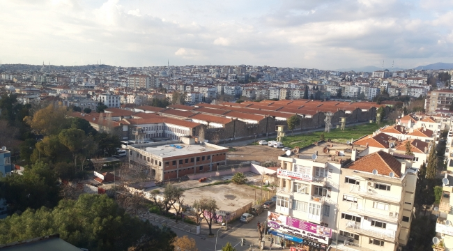 İzmir'de bir devir kapanıyor! Buca Cezaevi boşaltıldı!