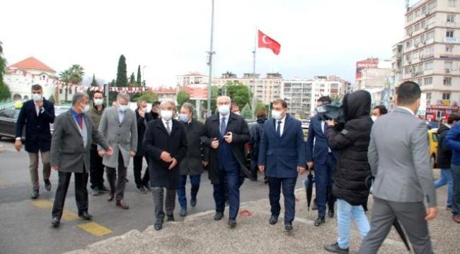 İzmir Valisi'nden kritik çağrı: İşi olmayan sokağa çıkmasın!