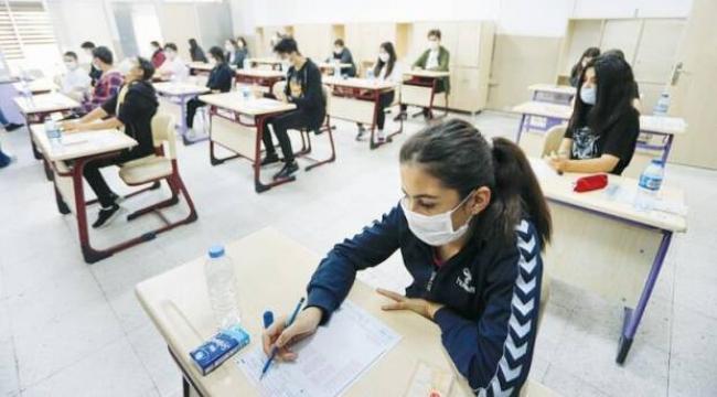 Okullar açıldıktan sonra korkulan oldu: Covid-19 vakaları arttı