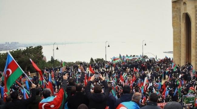 Azerbaycan'da 8 Kasım tarihi 'Zafer Günü' ilan edildi