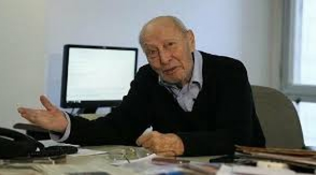 İzmir'in tanınmış gazetecisi Erkin Usman hayatını kaybetti