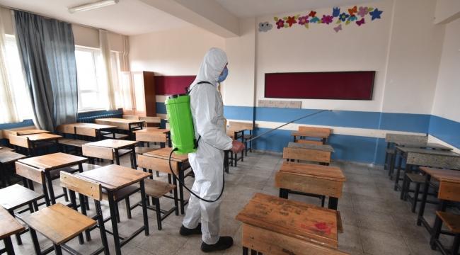 Torbalı'da okullar virüs tehdidinden arındırılıyor