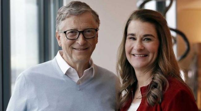 Bill Gates ve eşi Melinda Gates boşanıyor