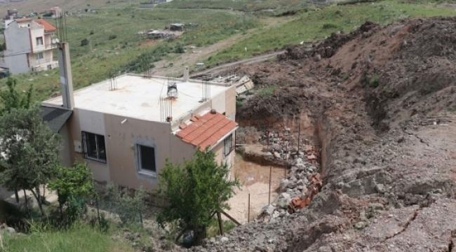 İzmir'in o mahallesi diken üstünde! 5 ev daha boşaltıldı