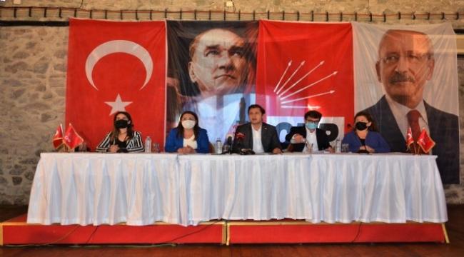 """CHP, KHK mağdurları için İzmir'de toplandı: """"OHAL Komisyonu derhal lağvedilmeli"""""""