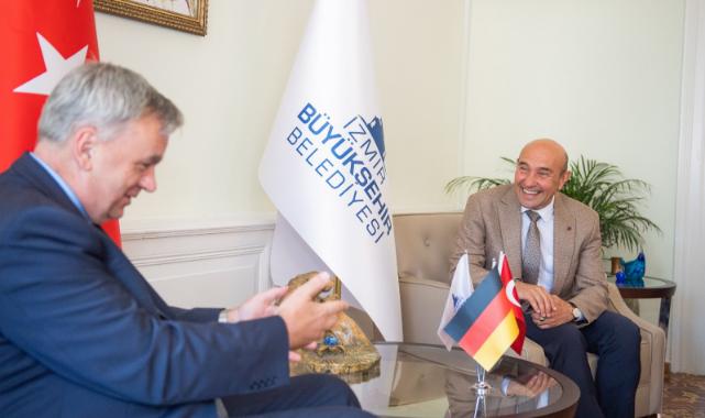 Başkan Soyer Almanya Büyükelçisi'ni ağırladı