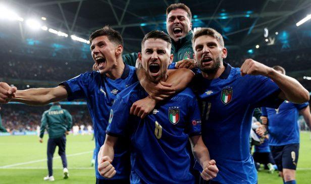 EURO 2020'de şampiyon İtalya